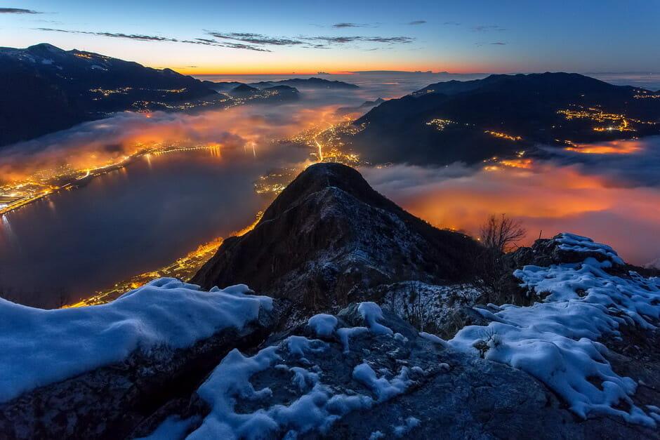 Alba sotto le nebbie