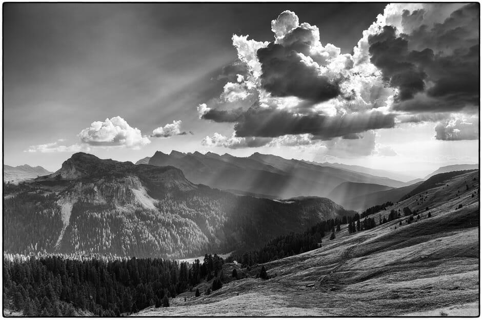 Luce tra le nuvole