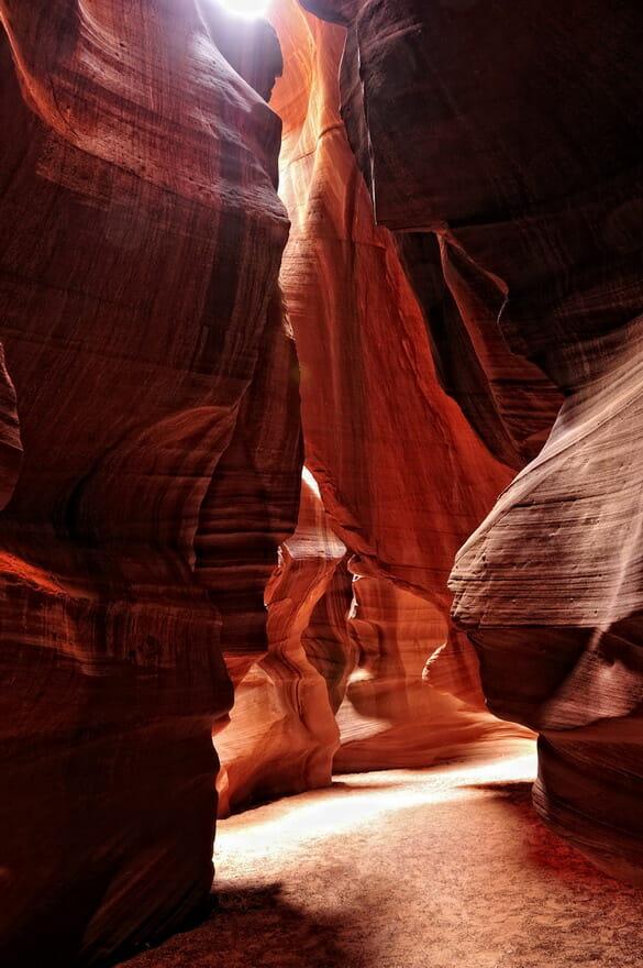 Luce nella roccia