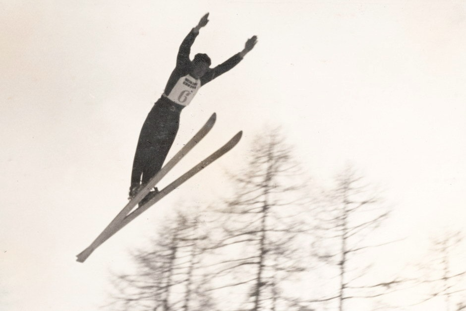 Bortolin salta dal trampolino di Cortina