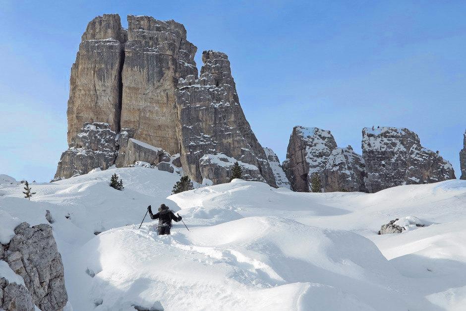 Snowshoeing in Cinque Torri