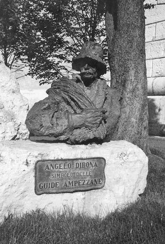 Busto bronzeo Angelo Dibona